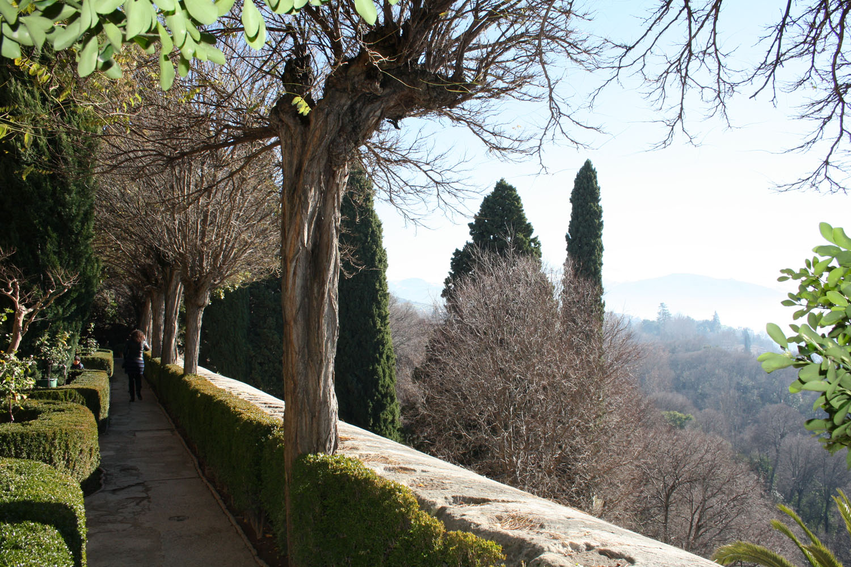 L 39 alhambra thinglink - Jardines granada ...