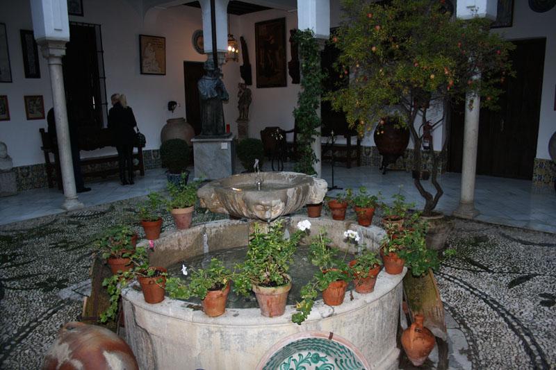 Patios del generalife en la alhambra for Patios de granada